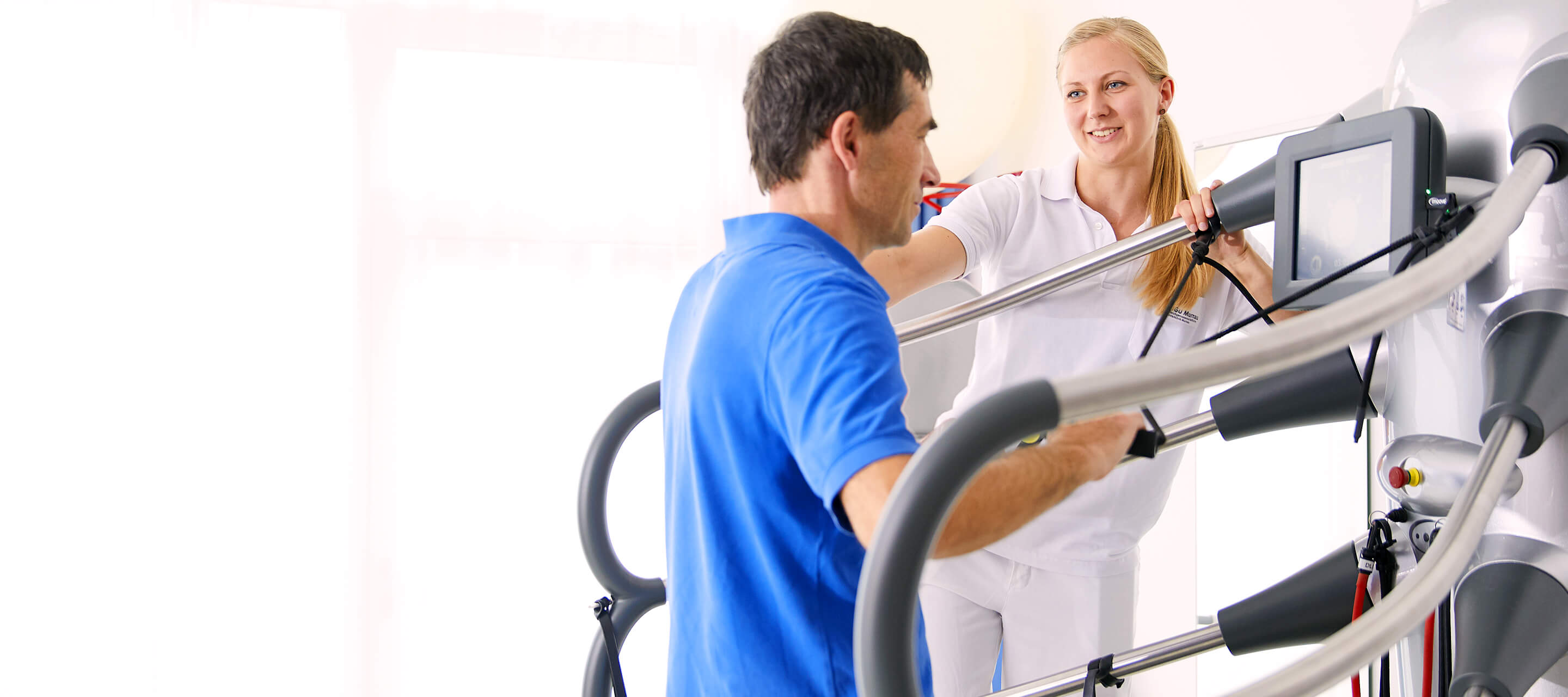 Patient is doing exercise for rehabilitation